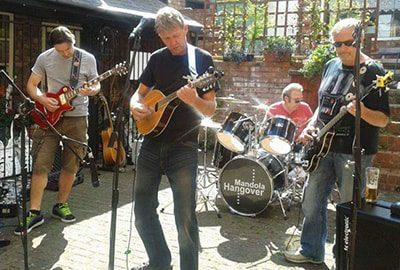 Mandola Hangover band live